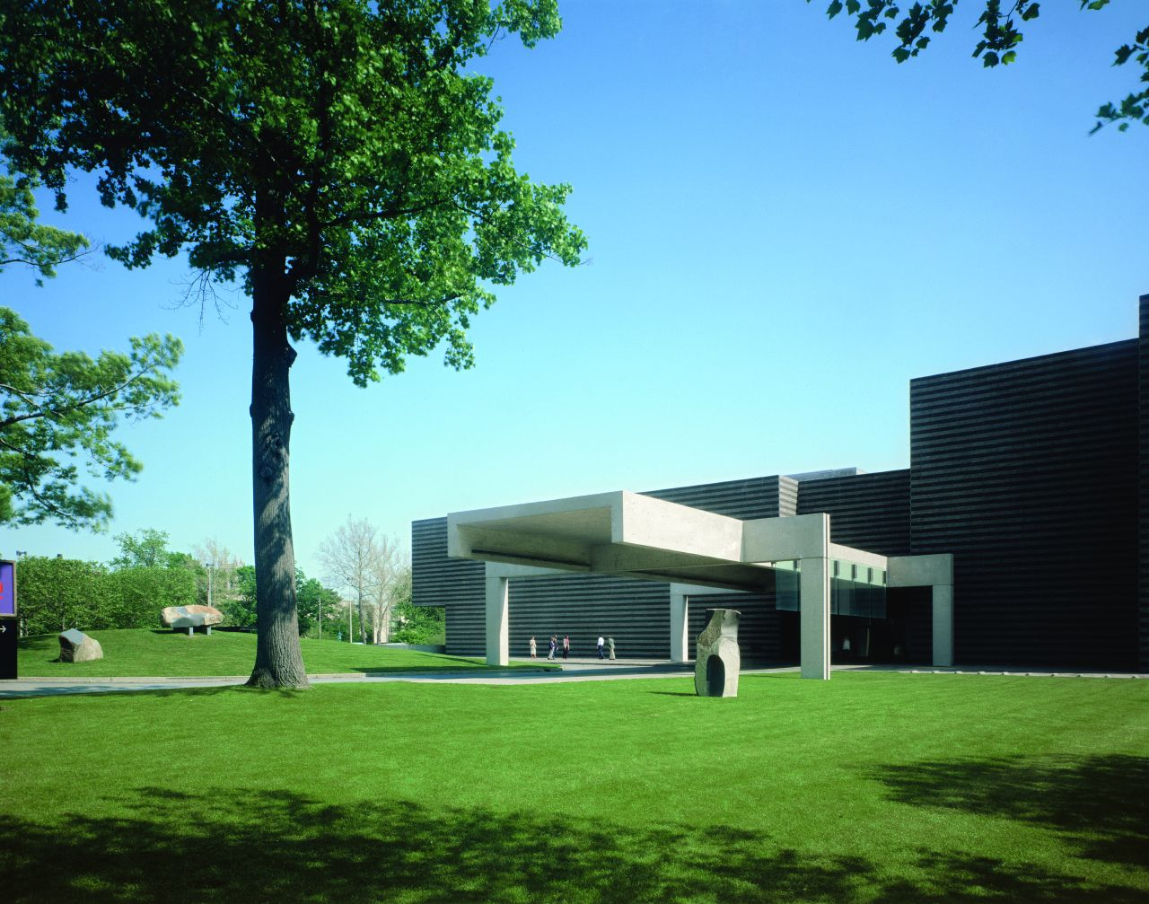Cleveland_Museum_of_Art_Breuer_Entrance